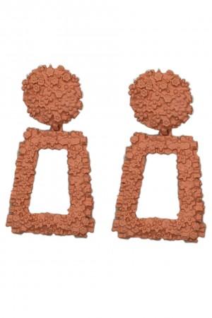 Σκουλαρίκια με ανάγλυφη επιφάνεια