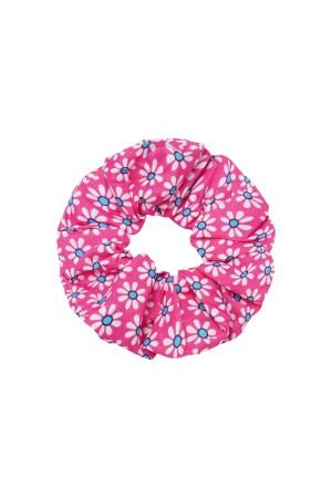 Ροζ scrunchie με μικρές μαργαρίτες