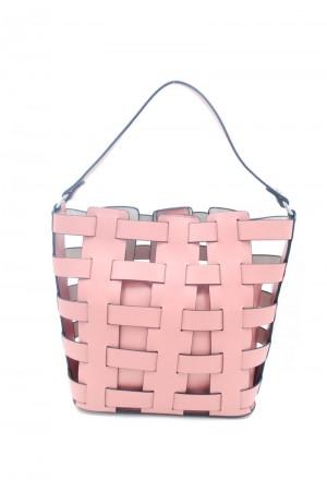 Ροζ τσάντα με σχέδιο πλέξης